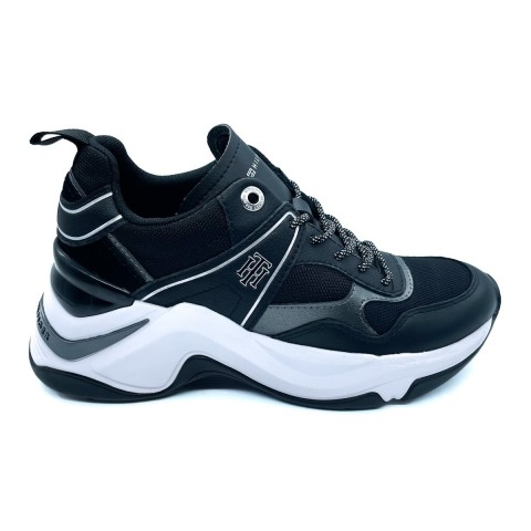 Sneaker nera donna Tommy Hilfiger